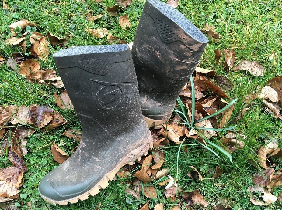 The 10 Best Rubber Boots For Farm Work For Farmers And