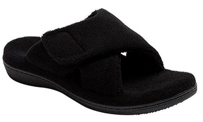 6b5b501d0fbe House Slippers With Arch Support for Men and Women - Buying Informed